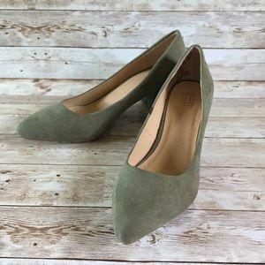 Simply Styled Olive Green Velvet Chunky Heels 8